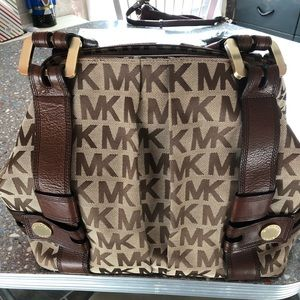 Michael Kors signature purse